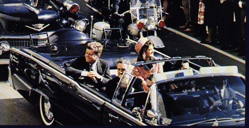 John F. Kennedy alguns minutos antes de seu assassinato.