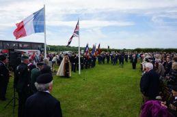 Cerimônia com veteranos britânicos