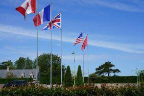 Bandeiras dos países aliados na Normandia