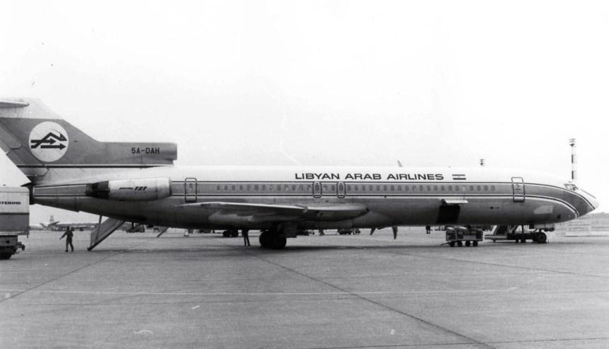 O 727 da LAA