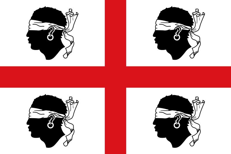 Tradicional bandeira sardenha, que consiste da cruz de São Jorge com quatro mouros vendados, representando os conflitos contra os árabes, virados para a esquerda. A bandeira atual possui os mouros virados para a direita.