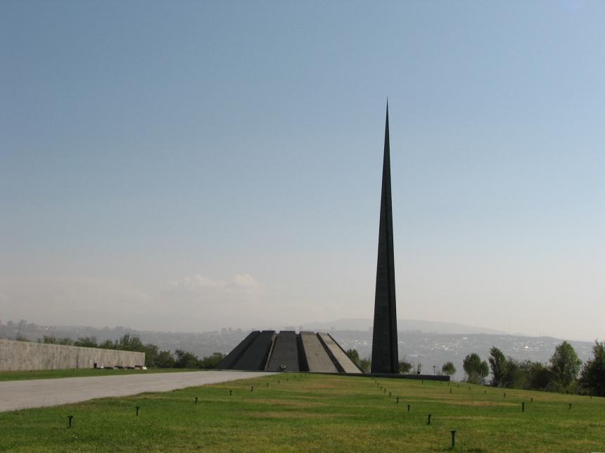 O Complexo para a memória do Genocídio Armênio em Tsitsernakaberd, na capital Yerevan.