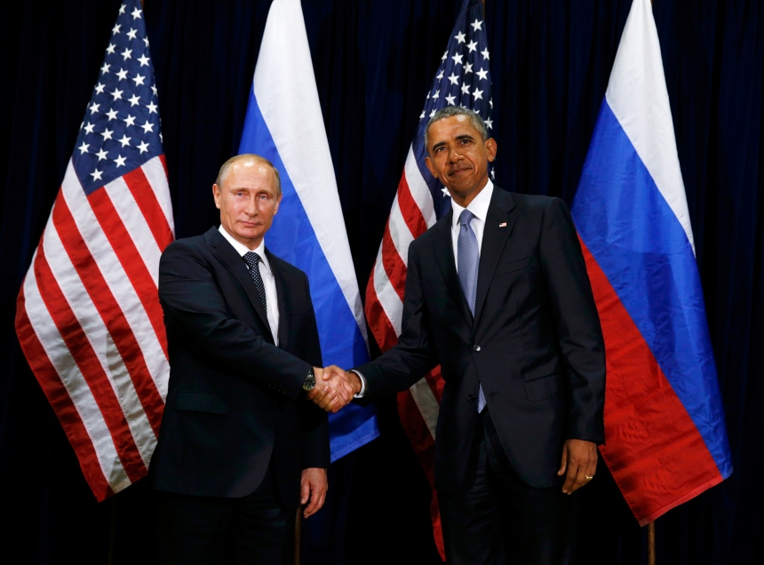 Putin e Obama posam para as câmeras antes de encontro bilateral após os discursos na Assembleia Geral da ONU